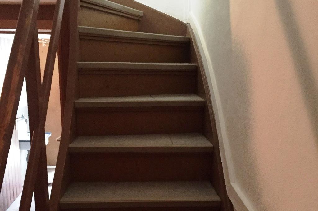 Treppenaufgang vorher